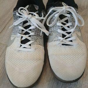 Nike mens shoe size 8